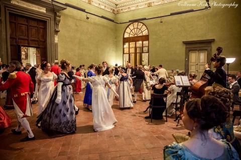 balli d'epoca a Palazzo Ducale