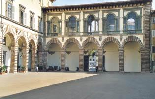 Uno scorcio di Palazzo Ducale da Cortile degli Svizzeri