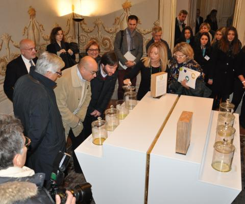 uno scatto dell'inaugurazione della mostra nel dicembre scorso