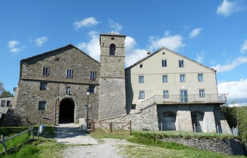 il santuario di S. Pellegrino in Alpe nel cui complesso è ospitato il Museo