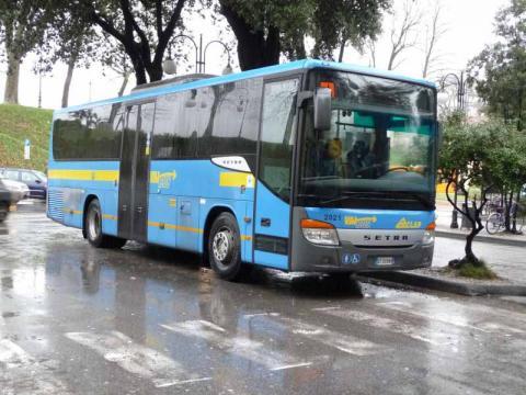 un autobus extraurbano