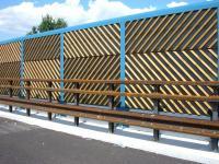 Un esempio di barriera antirumore in legno
