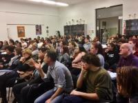 un momento dell'assemblea dei giorni scorsi nell'aula magna della scuola