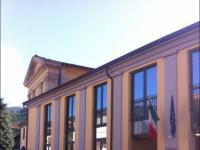 L'esterno dell'ITI Ferrari di Borgo a Mozzano