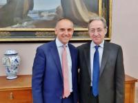 Il presidente Menesini con Leopoldo Falco nell'incontro di giugno