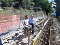Fotografia del sopralluogo del Presidente ai lavori al Passo Carpinelli