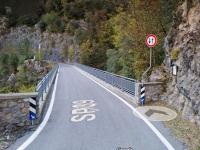 la sp 39 all'imbocco del ponte del Fogliaio