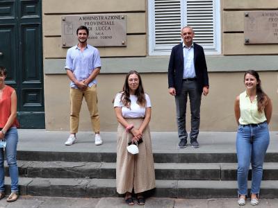I giovani tirocinanti con il presidente Menesini