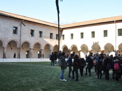 Il chiostro interno del complesso di S. Agostino