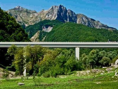 Il rendering del nuovo ponte della Tambura