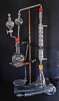 Apparecchio di distillazione ammoniaca