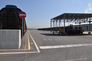lo scalo ferroviario del Frizzone nella Piana di Lucca