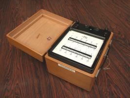 Frequenzimetro a lamelle - anni '60
