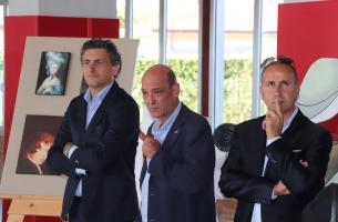 ai lati i consiglieri provinciali Poletti (sx) e Verona (dx)