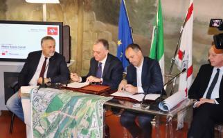 un altro momento della firma dell'accordo di programma