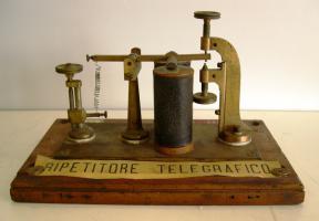 Ripetitore telegrafico